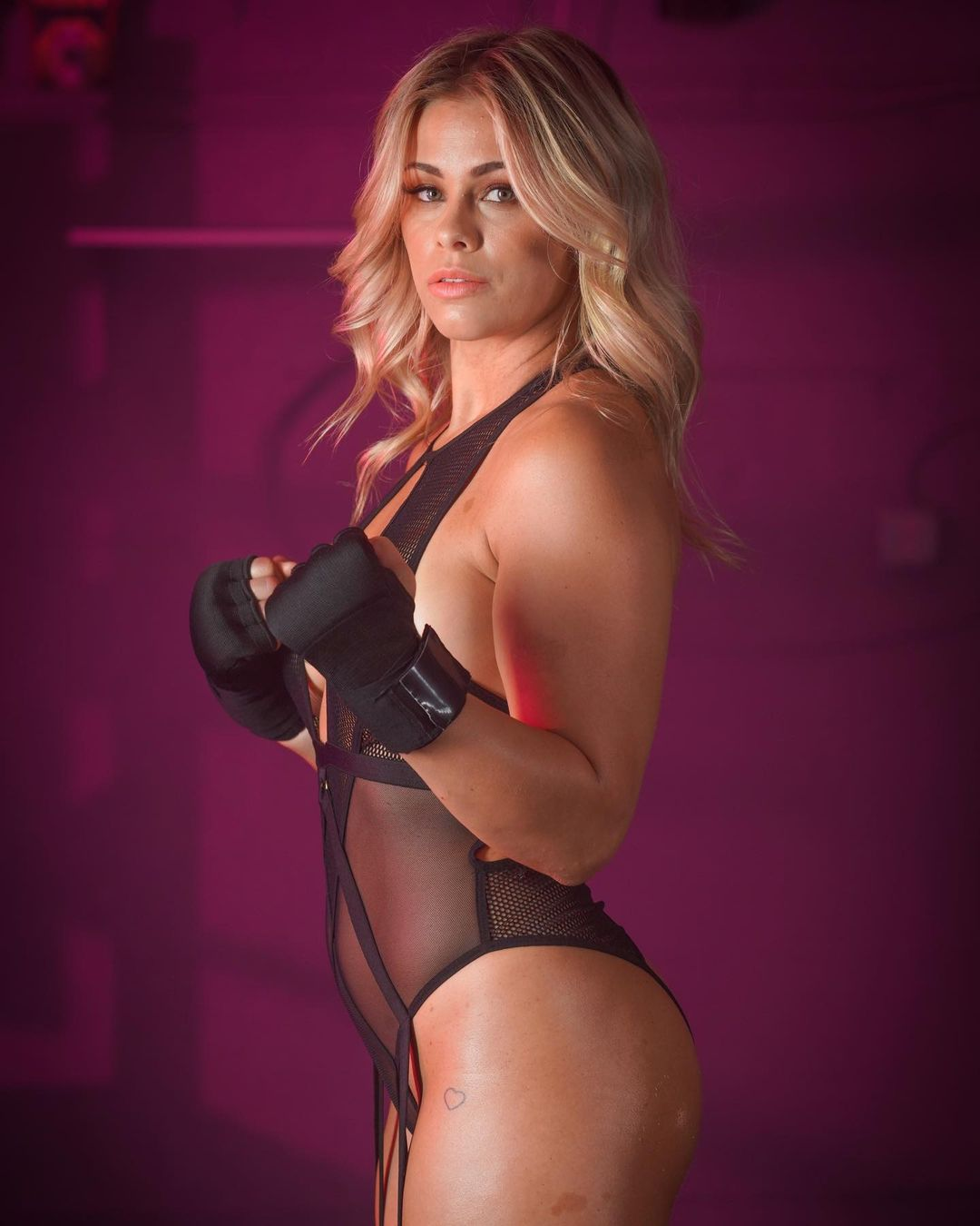Paige VanZant makes remarks after sharing nude photos with her husband 1