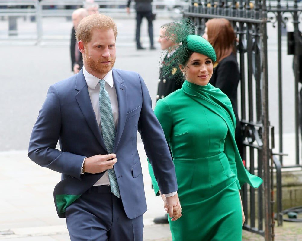 Meghan Markle being followed by Detectives 1