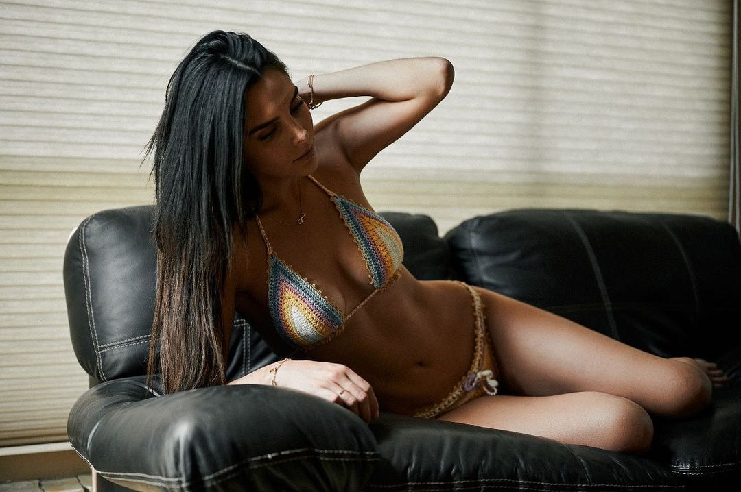 Mexicos fiery mannequin Lluvia Carrillo 1