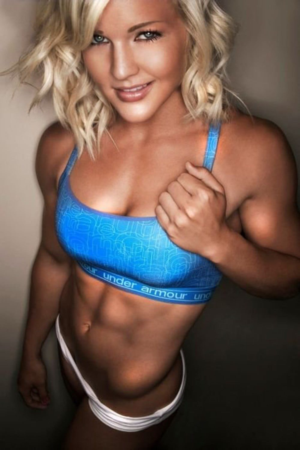 Muscular Girls Who Are Outstanding With Their Appearance 15