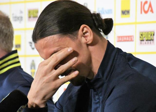 Zlatan Ibrahimovic unable to stop tears at Swedish National Team press conference 2