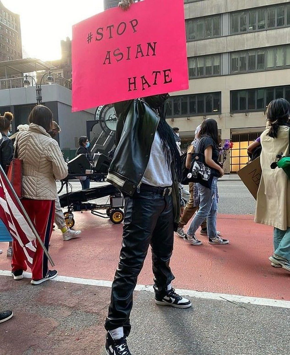 American singer Rihanna takes to the streets to protest racist attacks on Asians 2