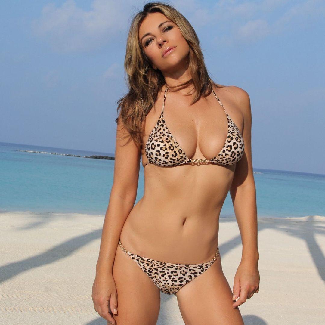 Elizabeth Hurley captivates her followers by posing in a bikini 4