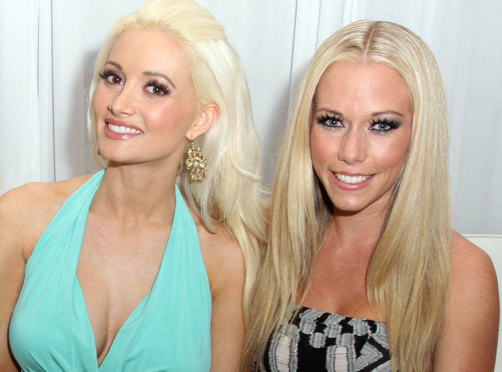 Kendra Wilkinson Statement on Holly Madisons Sexuality and Old Friendship at Playboy Mansion 1