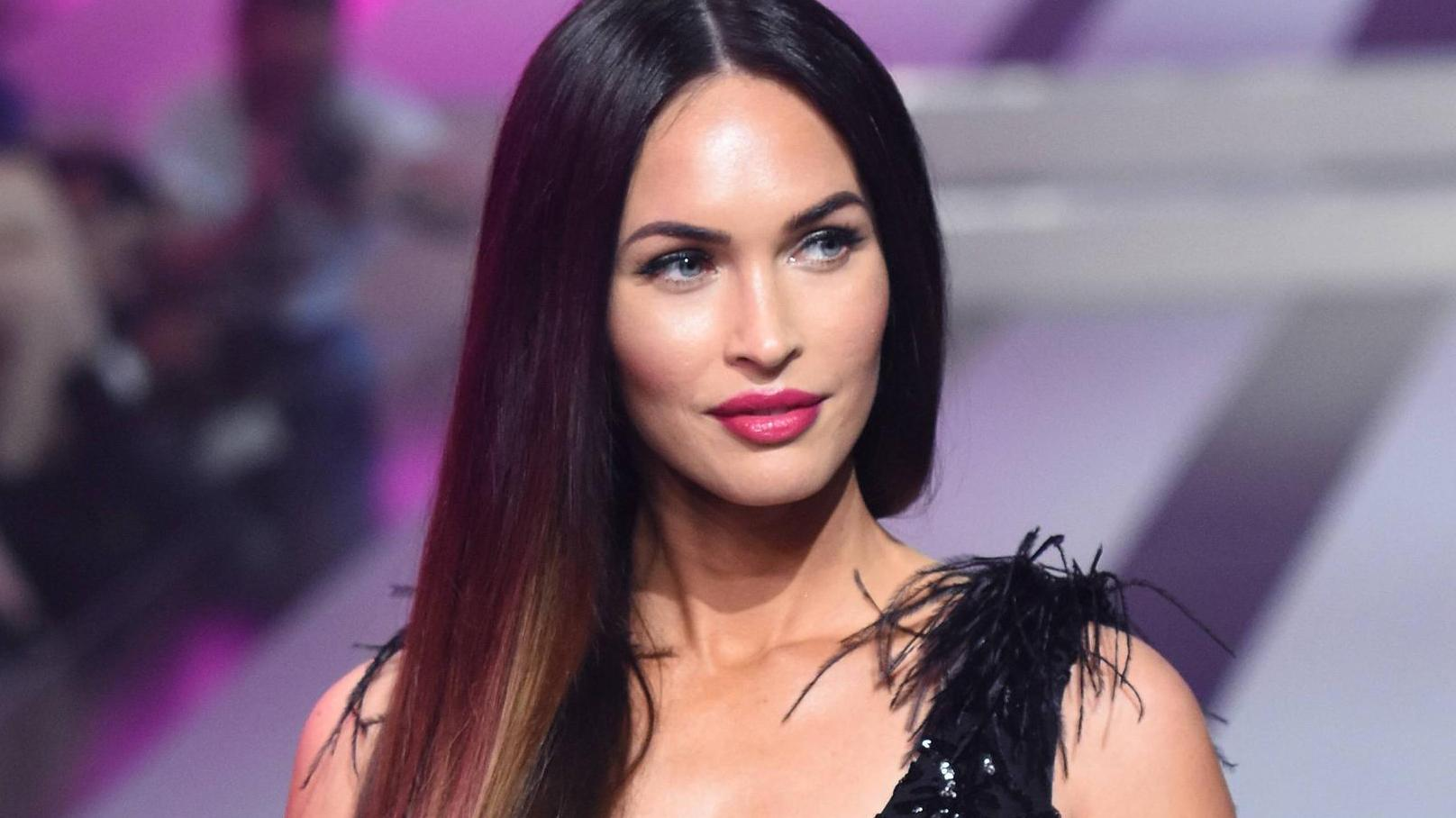 Megan Fox one of Hollywoods hottest women 13 1 1