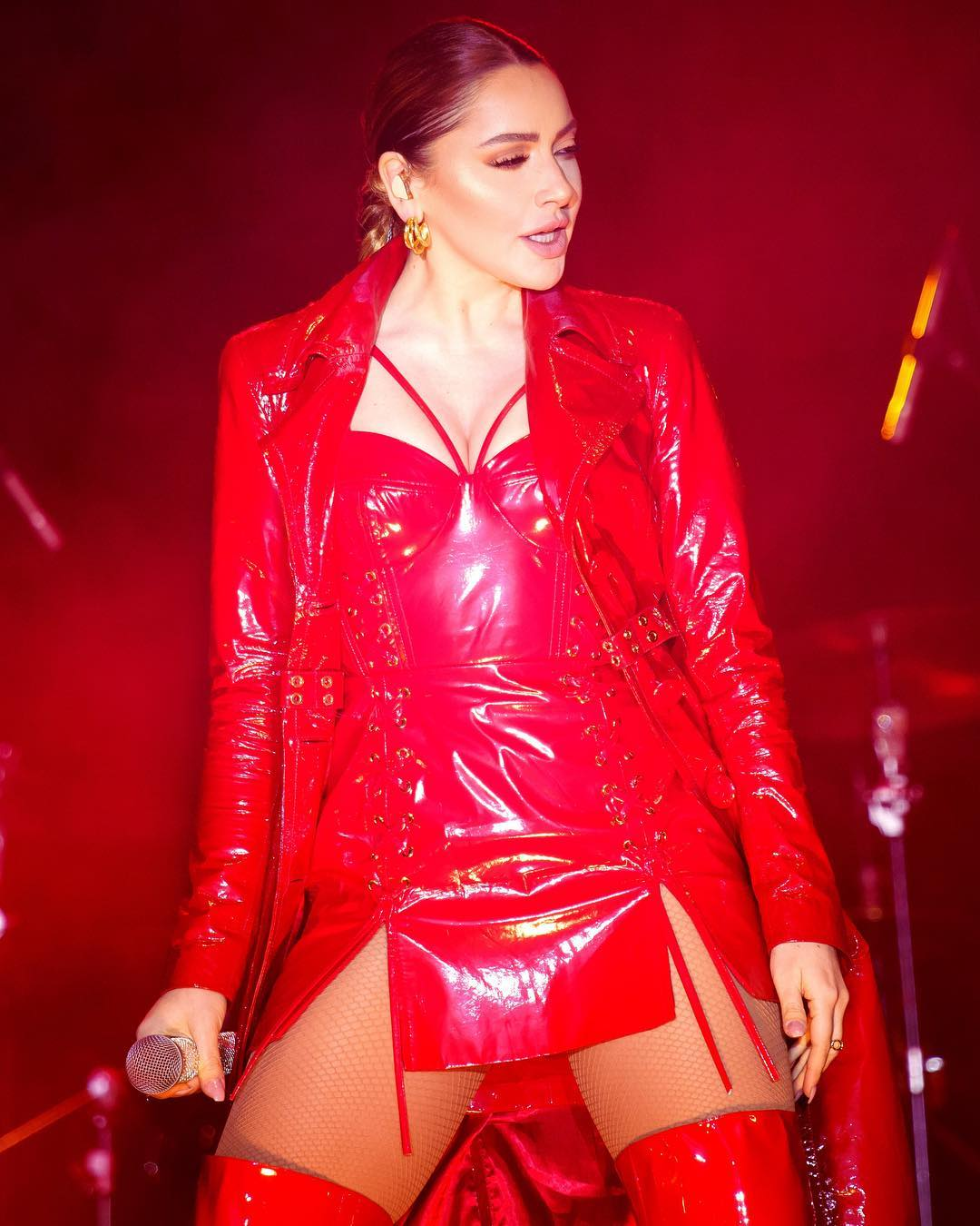Singer and Model Shown as One of the Sexiest Women in Hadise Country 13