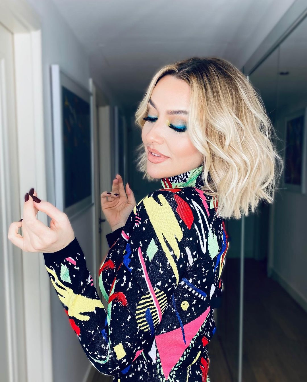 Singer and Model Shown as One of the Sexiest Women in Hadise Country 3