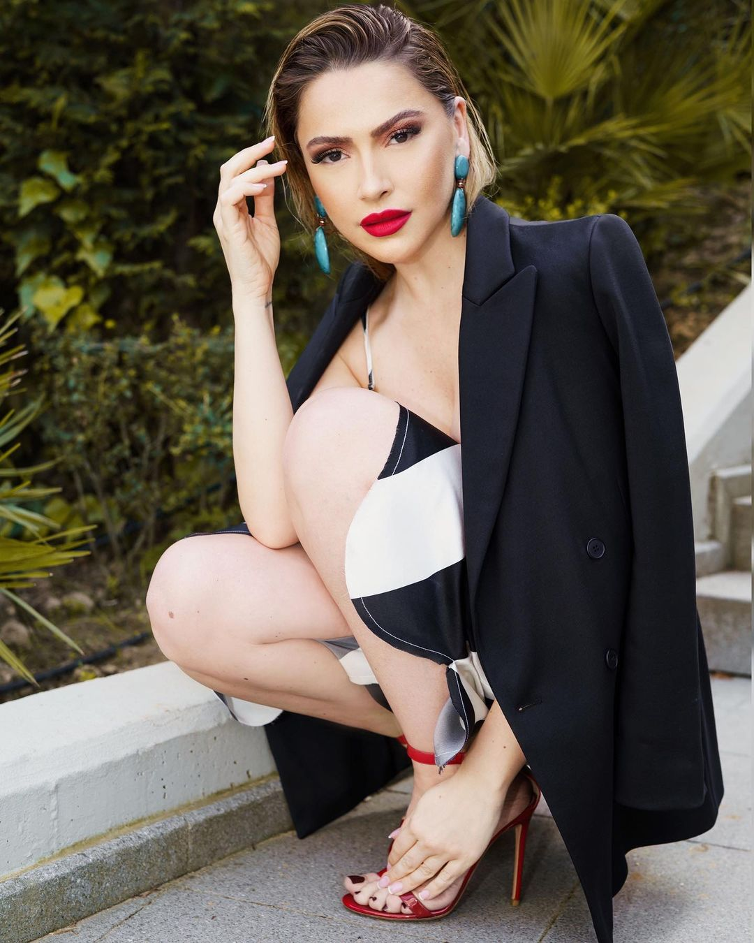 Singer and Model Shown as One of the Sexiest Women in Hadise Country 8