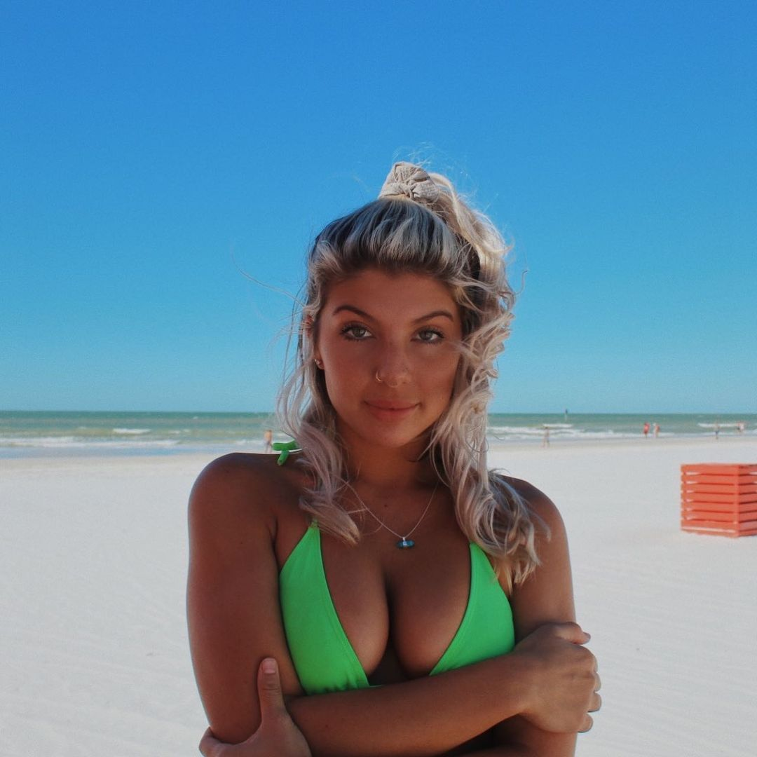 jordanl3wis One of the Hottest of Tiktok and Instagram Girls 2