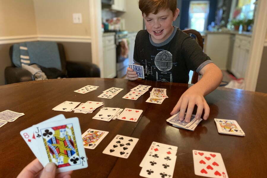 Get The Best Funny Card Game For Your Family With Phrase Match