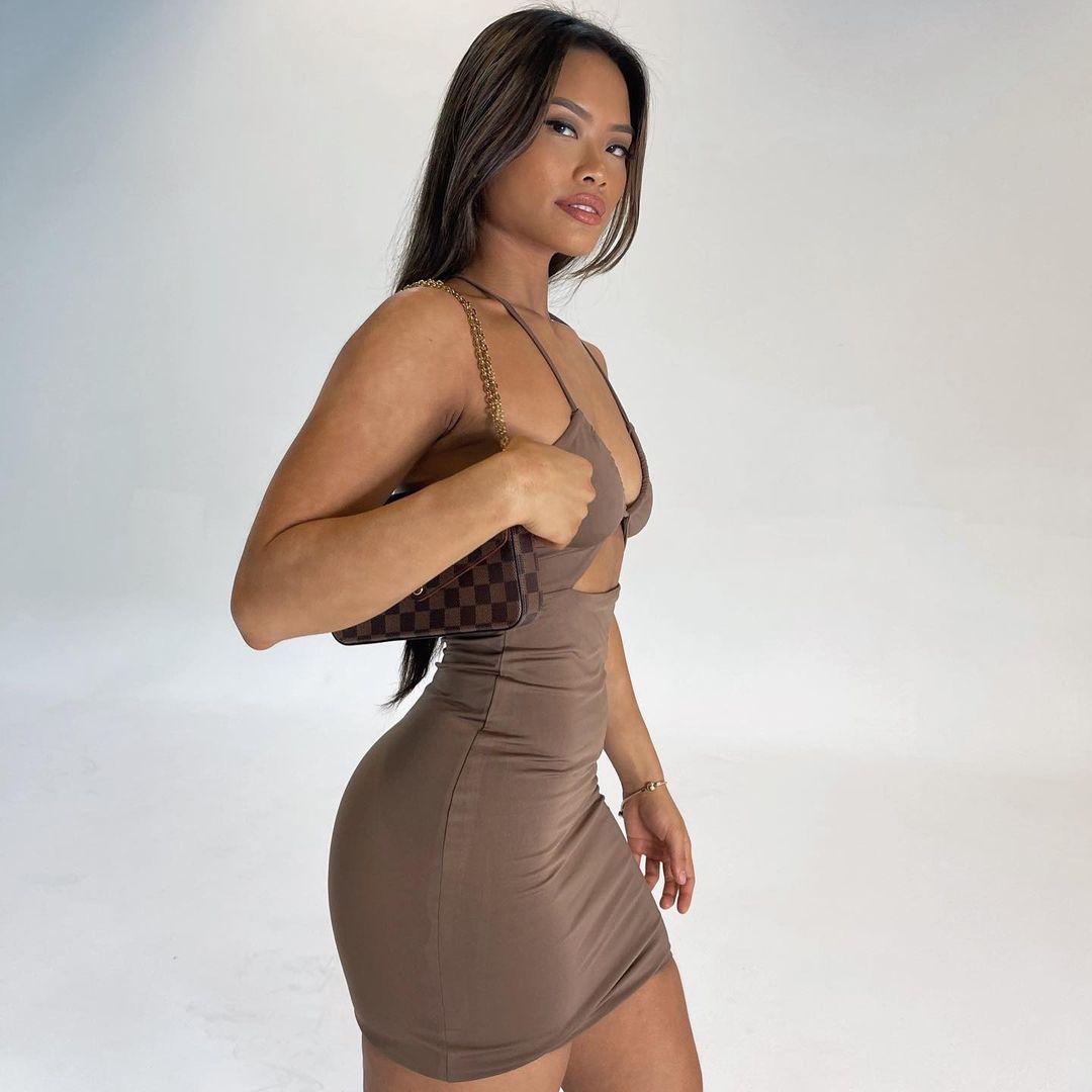 Hottest photos of Tiktok Star Sarah Magusara 4
