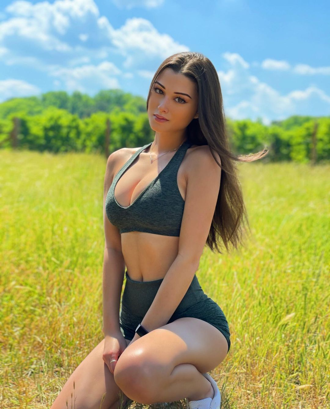 Who is Keilah Kang The Impressive Beauty of Modeling 6