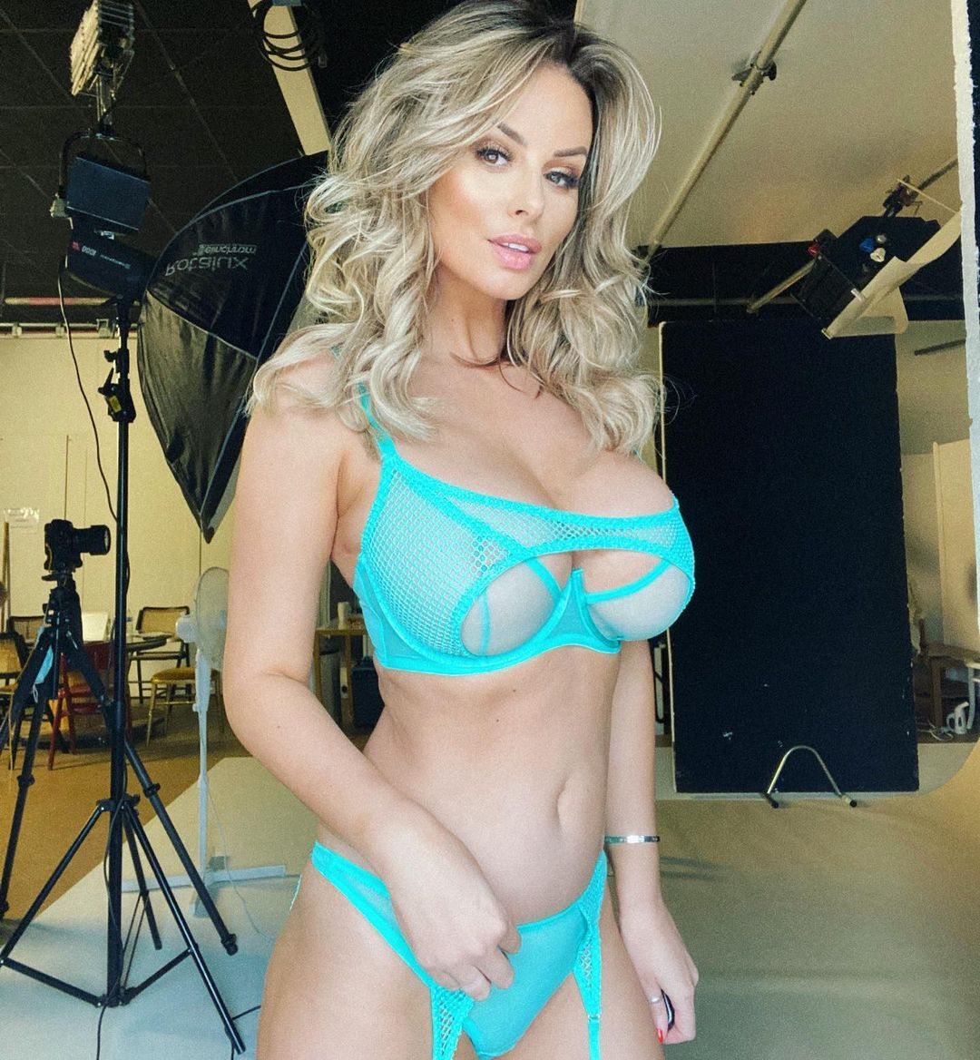 Who is Rhian Sugden Immoral offer to the famous model 5