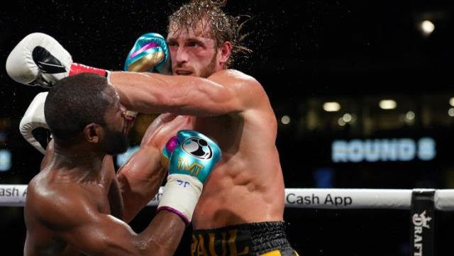 Details that surprised everyone with his success in his fight against Logan Paul Floyd Mayweather 1