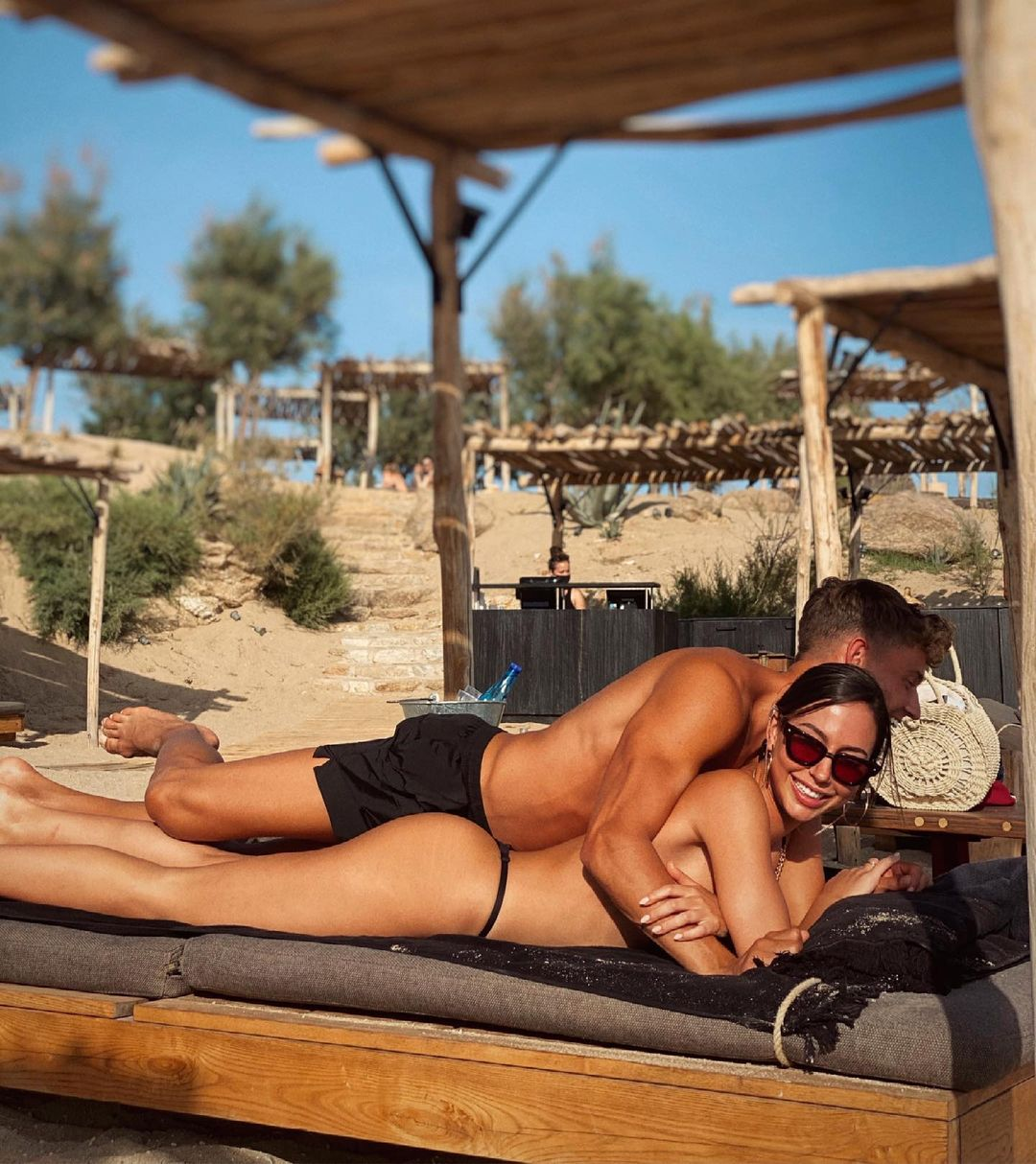 Marcos Llorente with his girlfriend Patricia Noarbe Far From EURO 2020 5