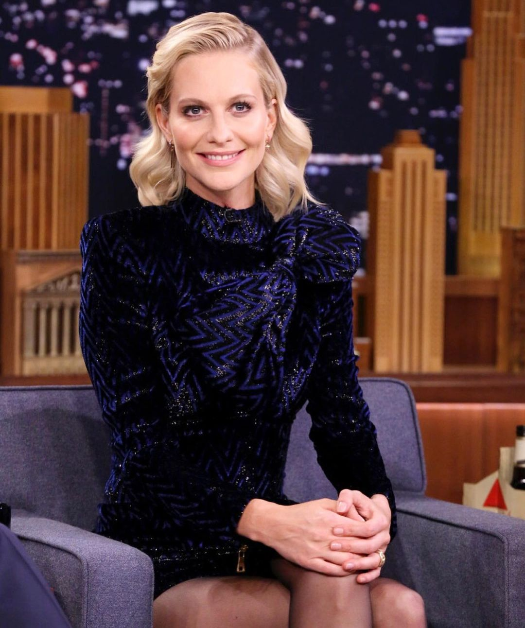 Poppy Delevingne is increasing her popularity with 1.7 million followers on Instagram 1