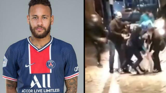Thieves beat Neymar and stole his shoes