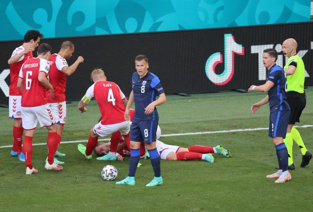 What happened to Christian Eriksen There is drama in the Denmark Finland match 3