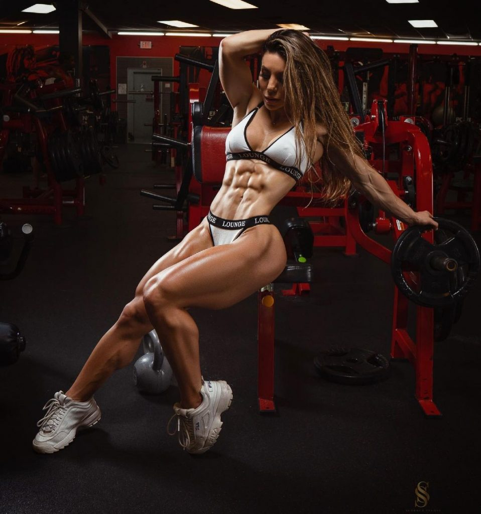 Who is Sunny Andrews one of the most muscular women in the world 2