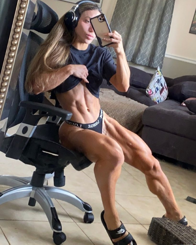 Who is Sunny Andrews one of the most muscular women in the world 4