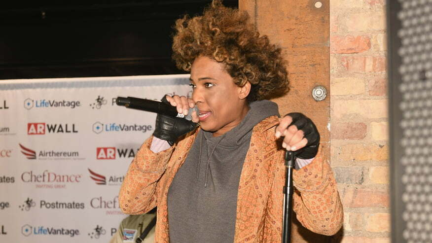 Why Does Macy Gray Want The American Flag Renewed 1