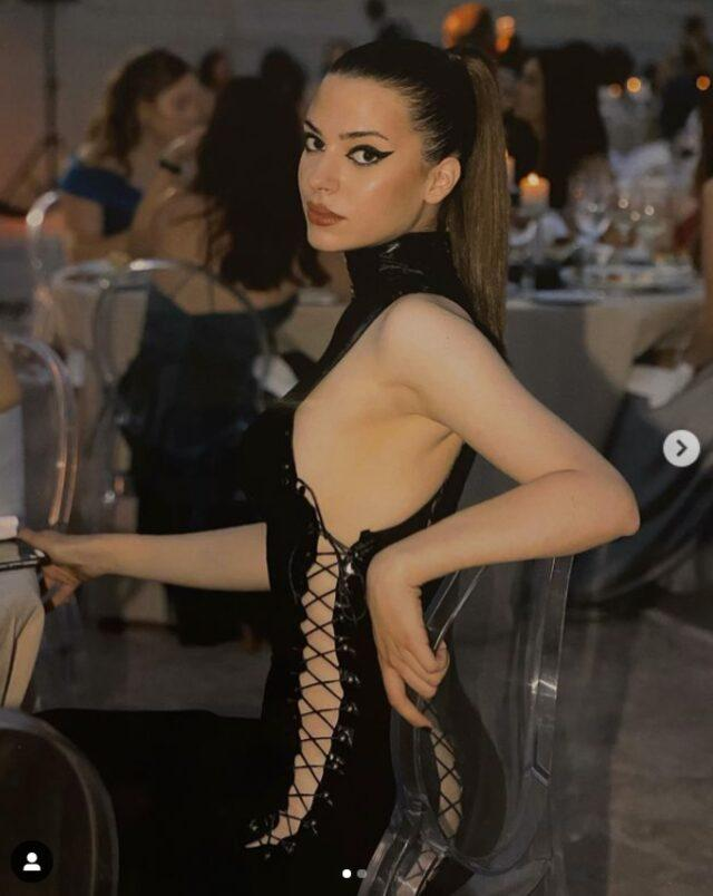 17 Year Old Turkish Model Derin Talu Made Her Difference Again With Her Latest Dress Style 3