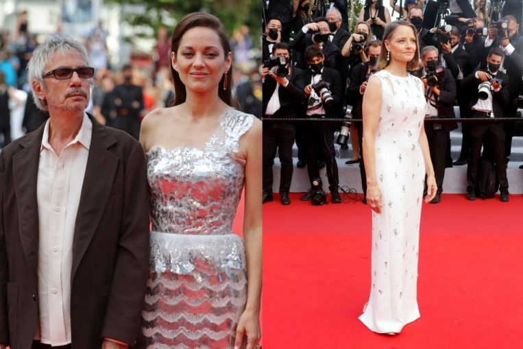 Marion Cotillards dress was custom made in 322 hours 1