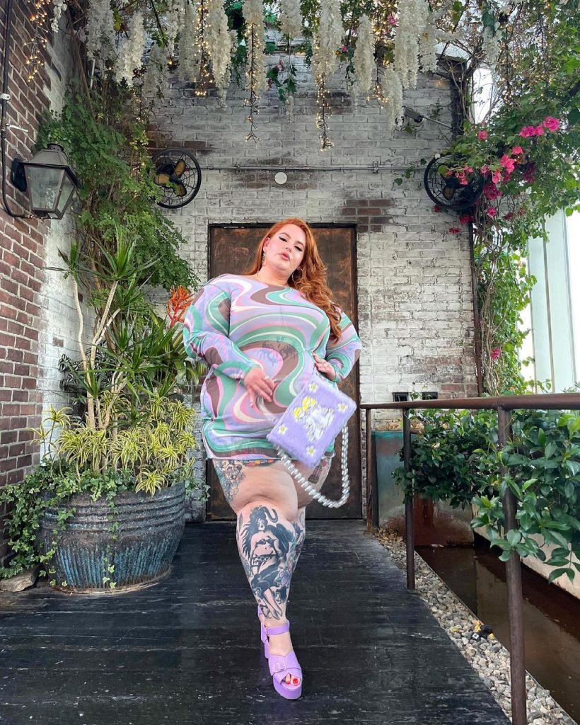 The model with the largest body in the world Tess Holliday 2