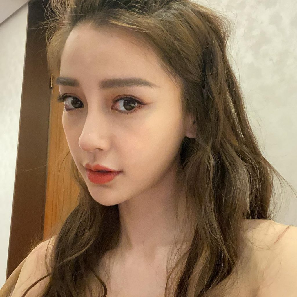 Who is Angelababy One of Asias Sweetest Models 1