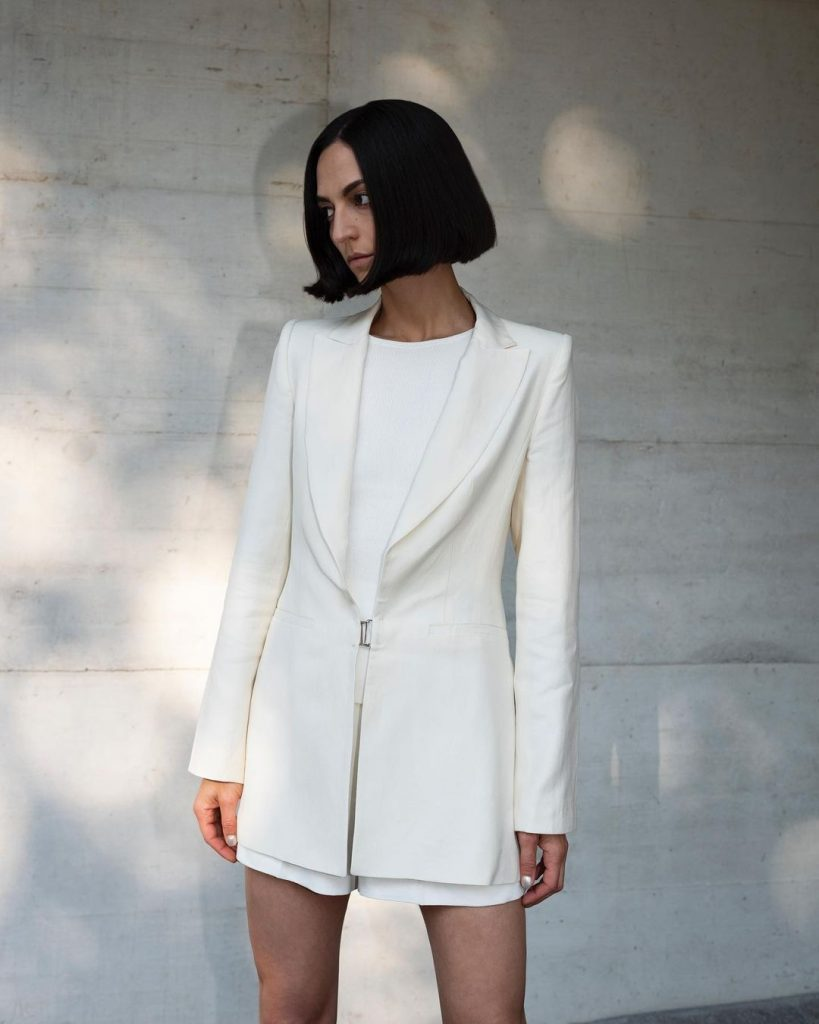 Ilenia Toma shares her exclusive fashion designs on Instagram 4