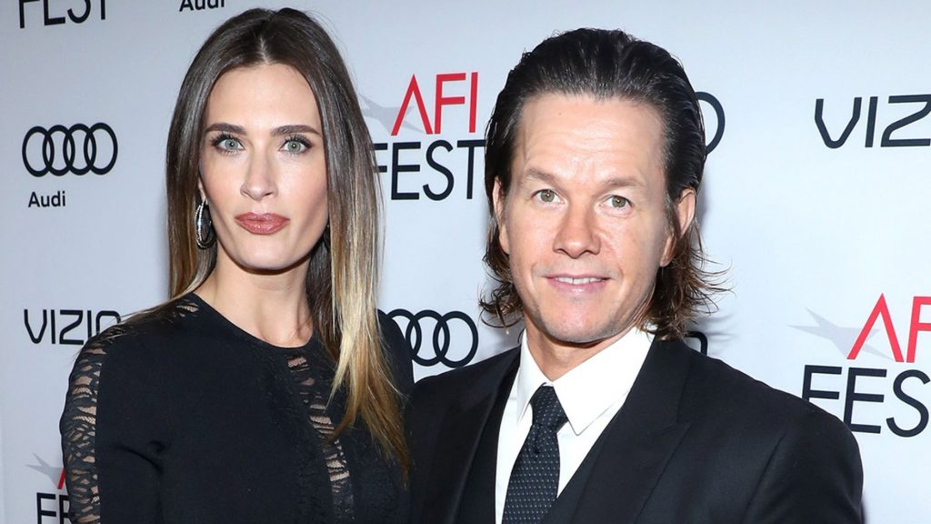 The Happy Marriage of Mark Wahlberg and Rhea Durham 3