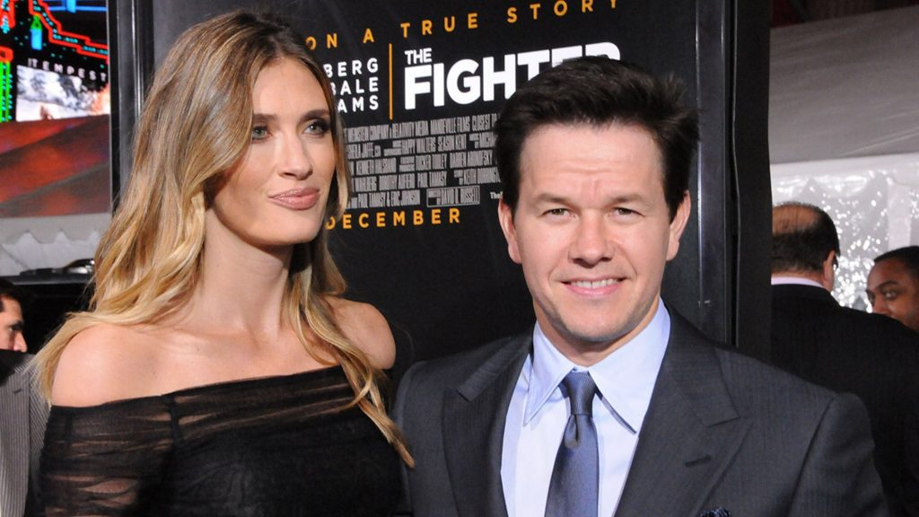 The Happy Marriage of Mark Wahlberg and Rhea Durham 4