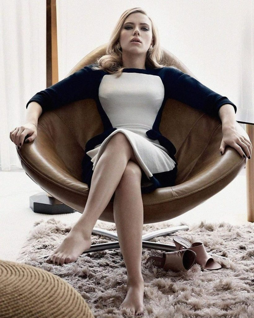 The golden ratio proves that Scarlett Johansson is one of the sexiest actors in Hollywood 12